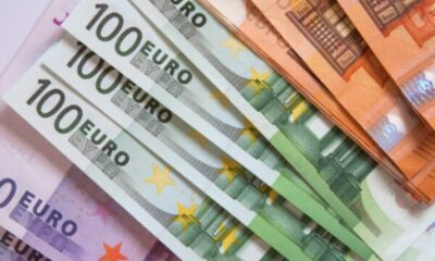 a mix of euro bank notes