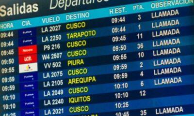 airport destination board in spanish
